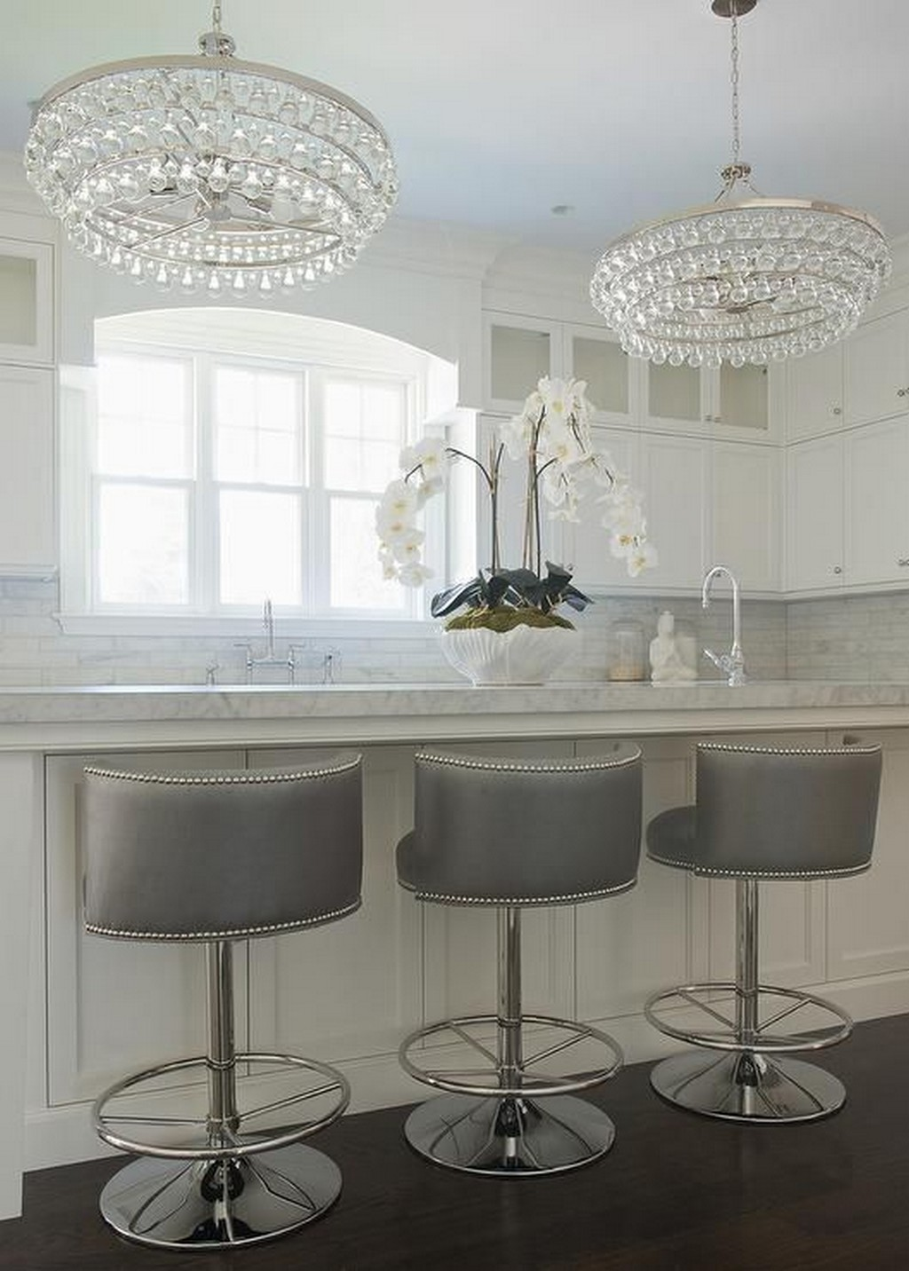 Tips to Style your Kitchen with swivel Bar Stools