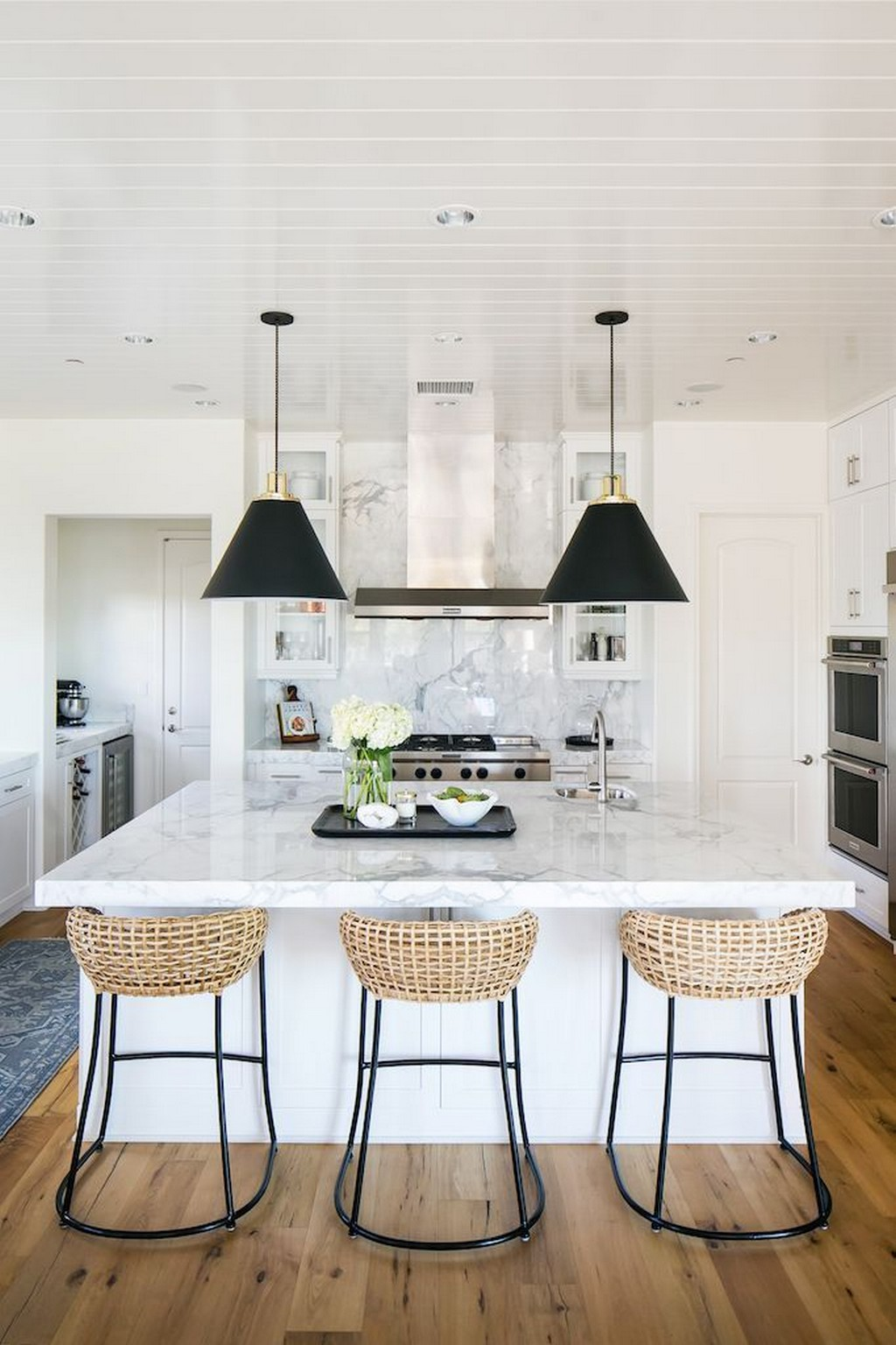 7 kitchen counter stools that will uplift your décor
