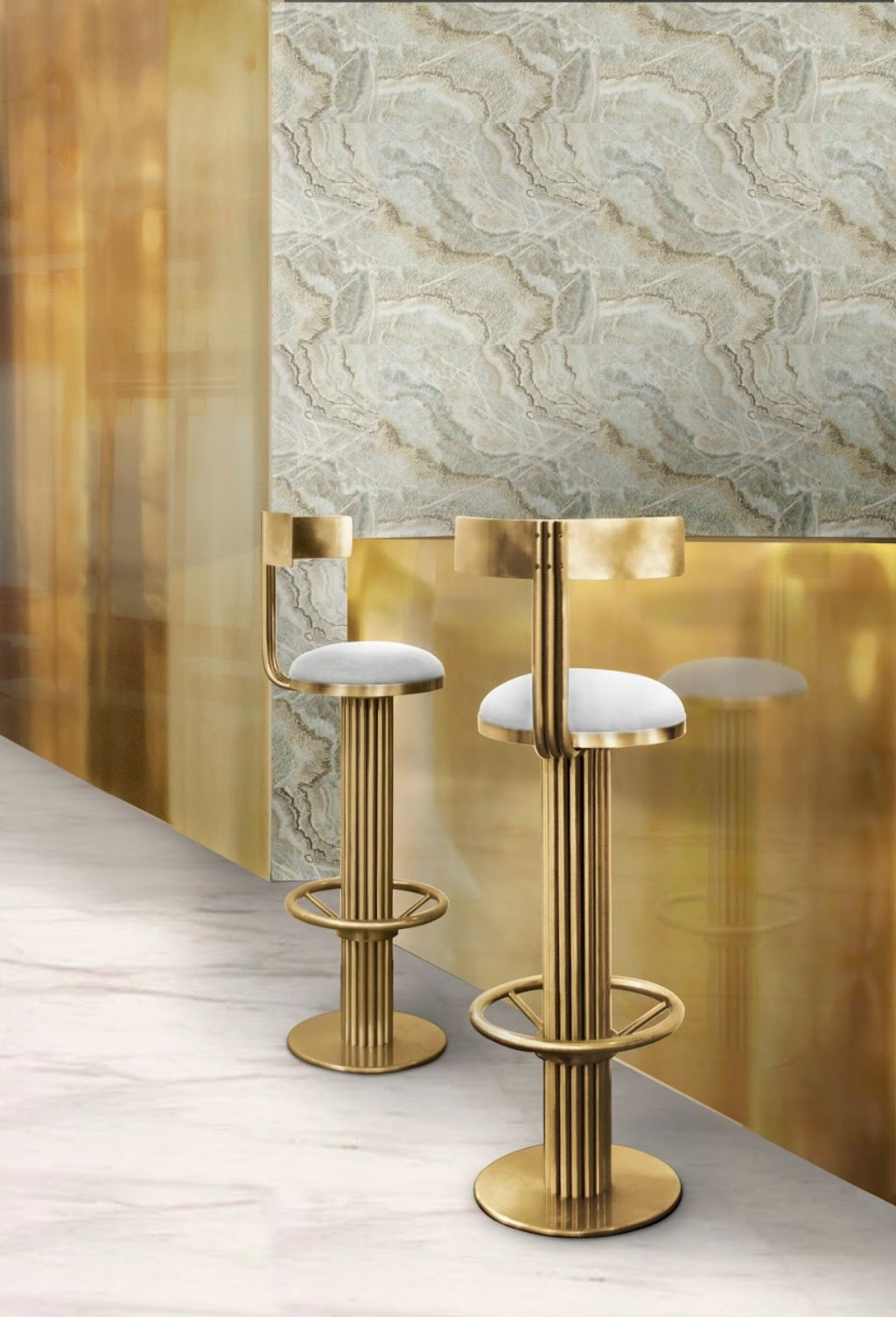 Kelly Is A Golden Bar Stool Inspired In The Sculpted Arches From Clic Movie Casablanca With Structure Polished Br And Brown