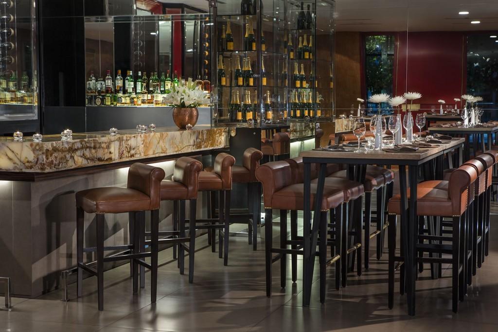 Restaurant bar stools with backs