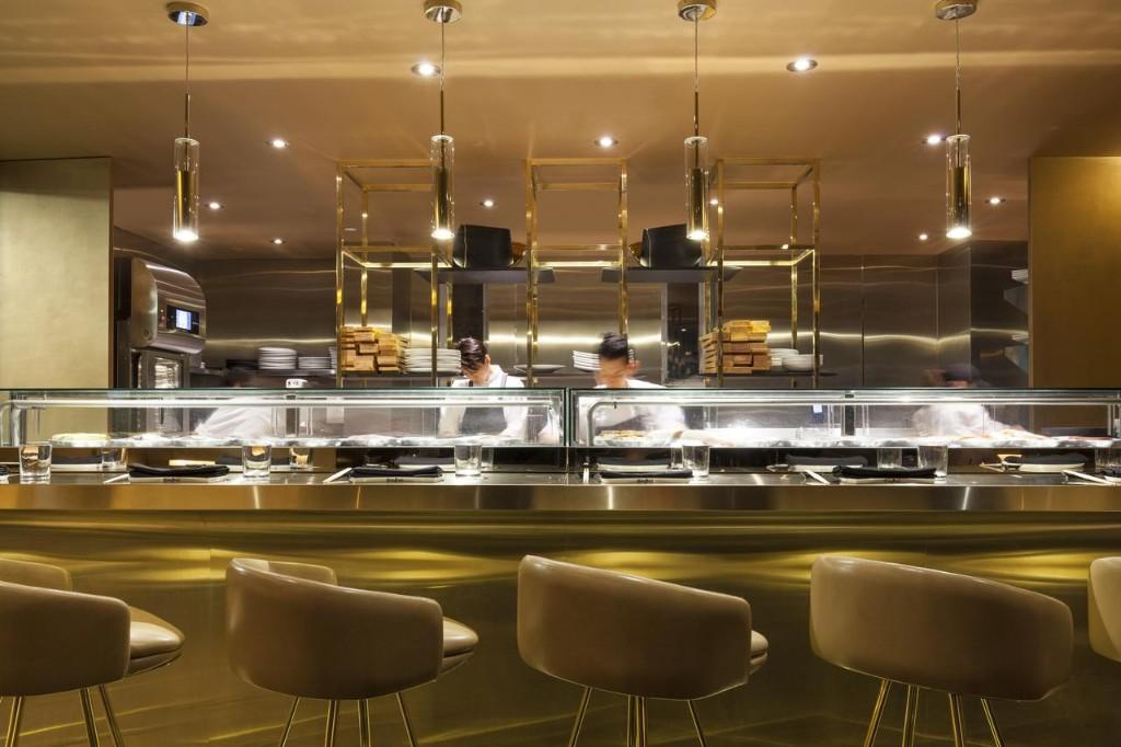 Best lavish Studio Munge bar decor ideas - Akira Back at Toronto (3)